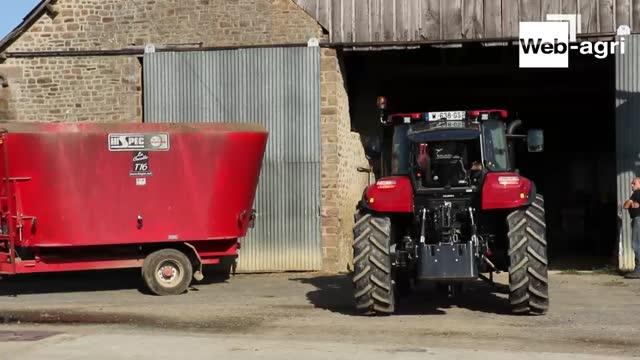 Essai tracteur Case IH - G. Morel: «Un débit hydraulique utile pour les travaux au chargeur frontal! »