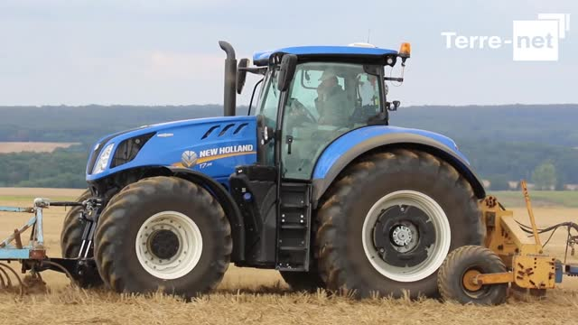 [Vidéo Essai Tracteur] - Comparatif tracteur : New Holland T7 contre New Holland T7 HD